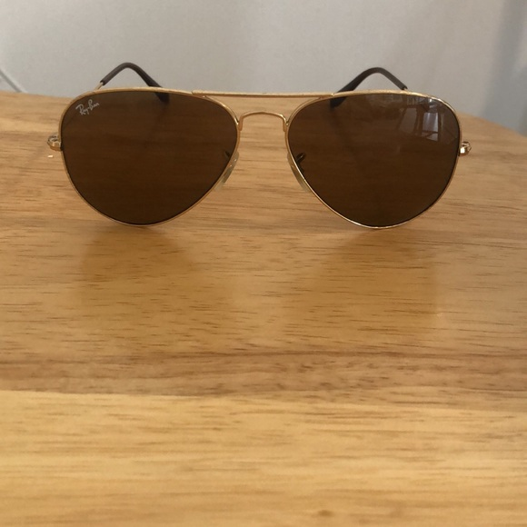 Vintage style gold Ray Bans